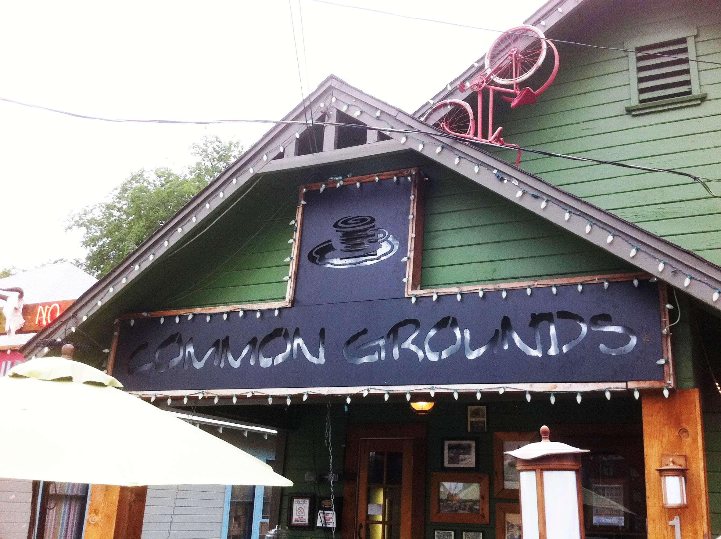 common grounds coffee shop